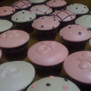 Baby Shower Cupcakes - Cupcake Caps